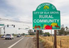 elk-grove-sign